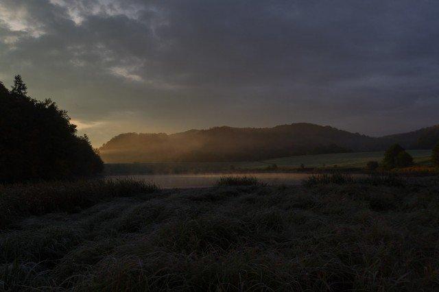 Sonnenaufgang an der Ibertalsperre