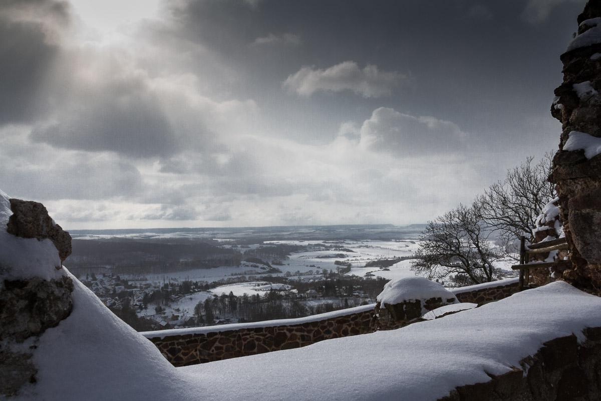 Blick von der Burgruine Hohnstein, Harz